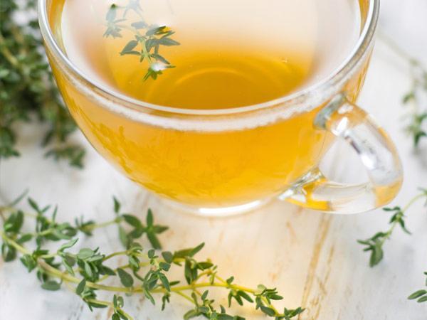 thyme-tea-TS-156993769